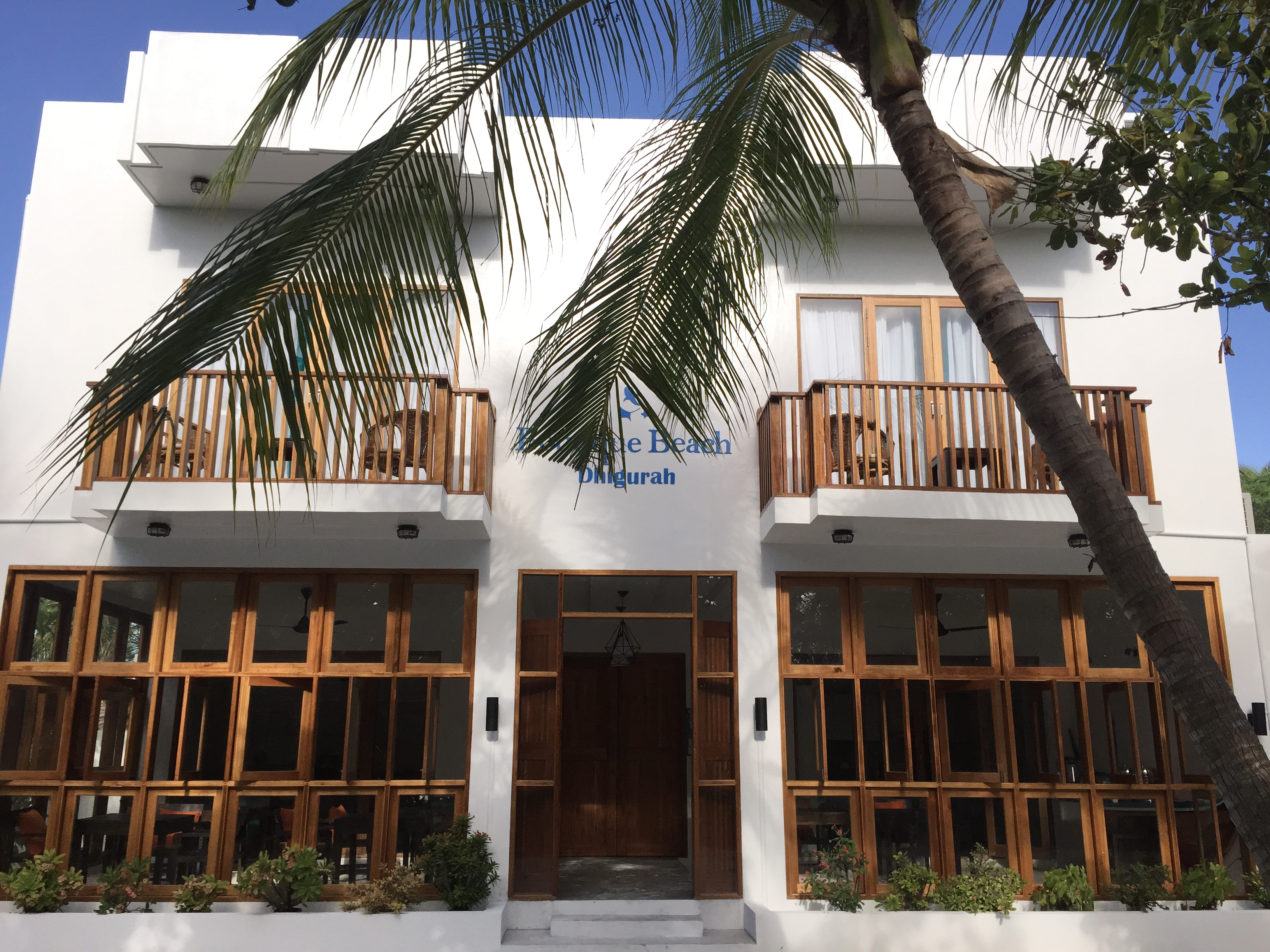 Boutique beach new maldives hotel in whale shark region for Beach boutique hotel